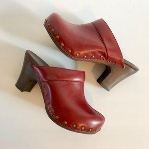 Dansko Women's Red Rae Heel Clog 36